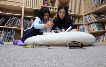 Students that reading books in Shinagawa International School Library and Library center