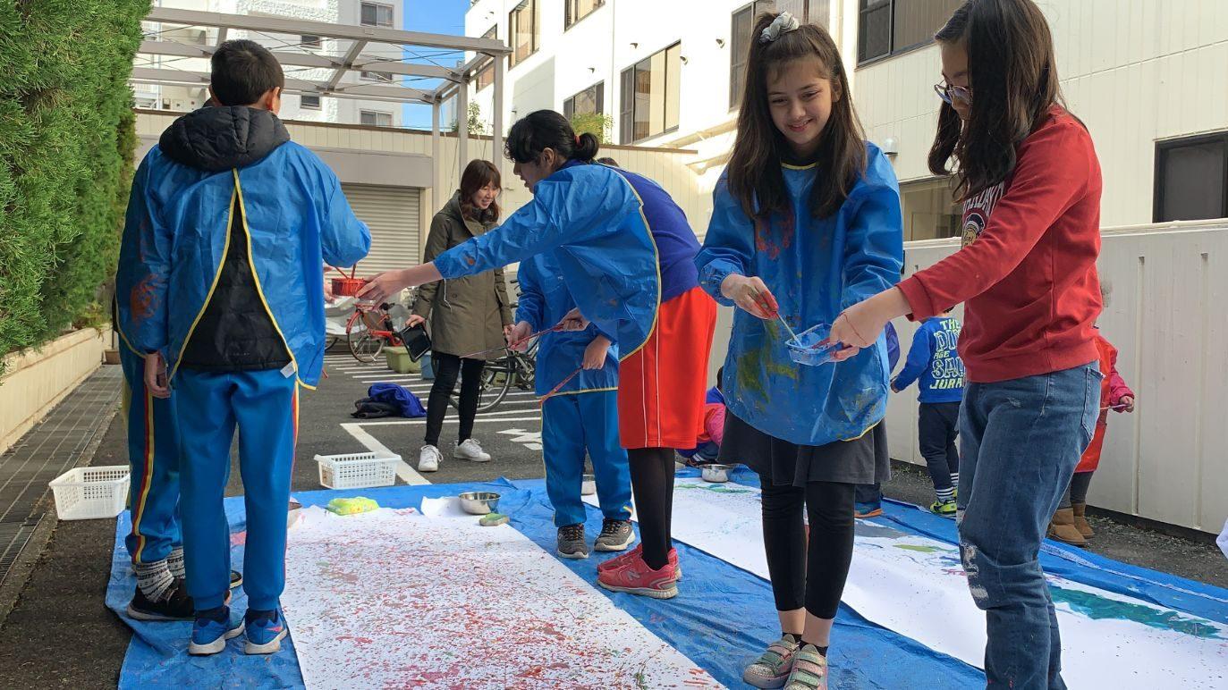 Preschool - G6 Action Art Collaboration