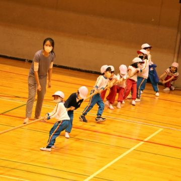 Grade 1 Students play Tug of War in Sports Day 2020