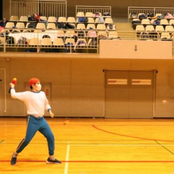 Middle school students doing throw long javelin in Sports Day 2020