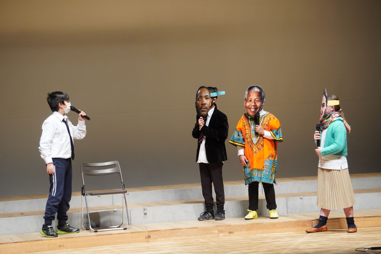Grade 6 students perform Winter Performance 2020 at Curian Hall