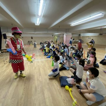 Clown Rio and Acrobat Marinka Show in front of early year students in International Children's Day 2021
